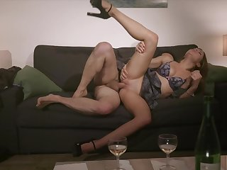 Rough coitus on the couch for the shy student