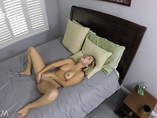 Alina Lopez gets cock sign in rubbing three out merely in bed