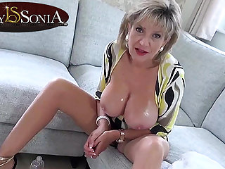 Hot JOI unfamiliar steaming-hot mommy Lady Sonia