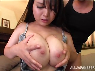 Curvy Asian wife Anna Natsuki moans during balls deep drilling