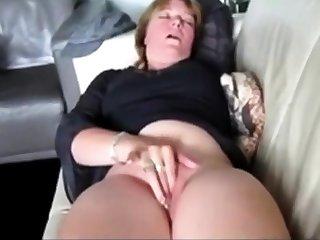 Amateur, Brunette, Fingering, Masturbation, Mature, Mature amateur