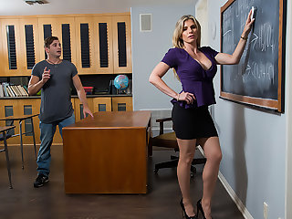 Cory Chase gives student tips on making a women's pussy dripping wet